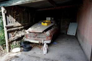 43 Volvo 122S Abandonnée