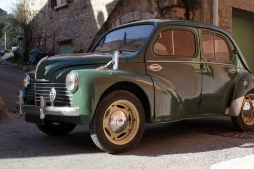 a vendre renault 4cv 1952 vendue auto reverse. Black Bedroom Furniture Sets. Home Design Ideas