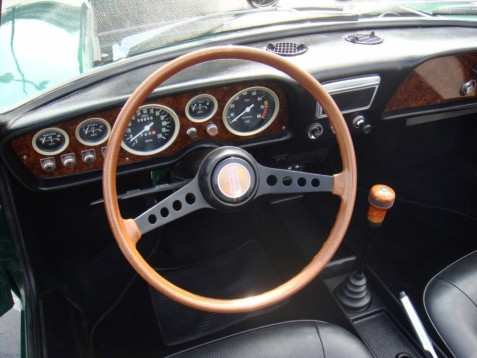 1967 fiat 850 bertone spider convertible dashboard