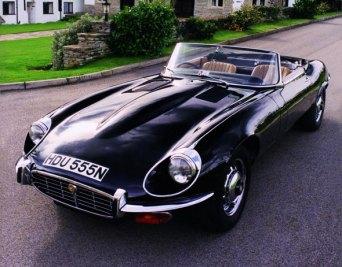 Dernière jaguar type E v12 2