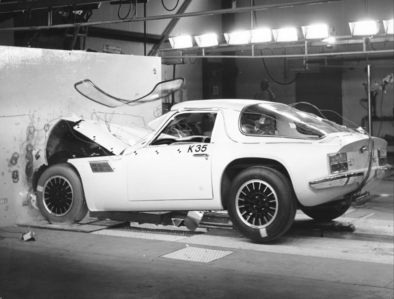 TVR M Crash test
