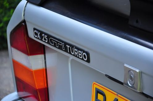 CX 25 GTI TURBO badge