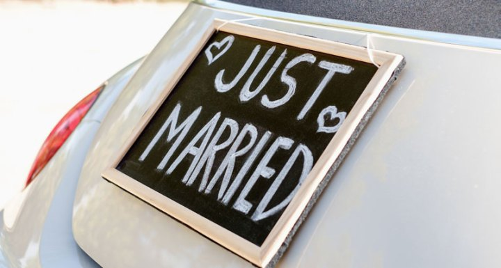 What to Know About Getting Married and Your Finances with These Tips