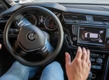 Parklenkassistent im Volkswagen Touran. Bildquelle: Volkswagen AG