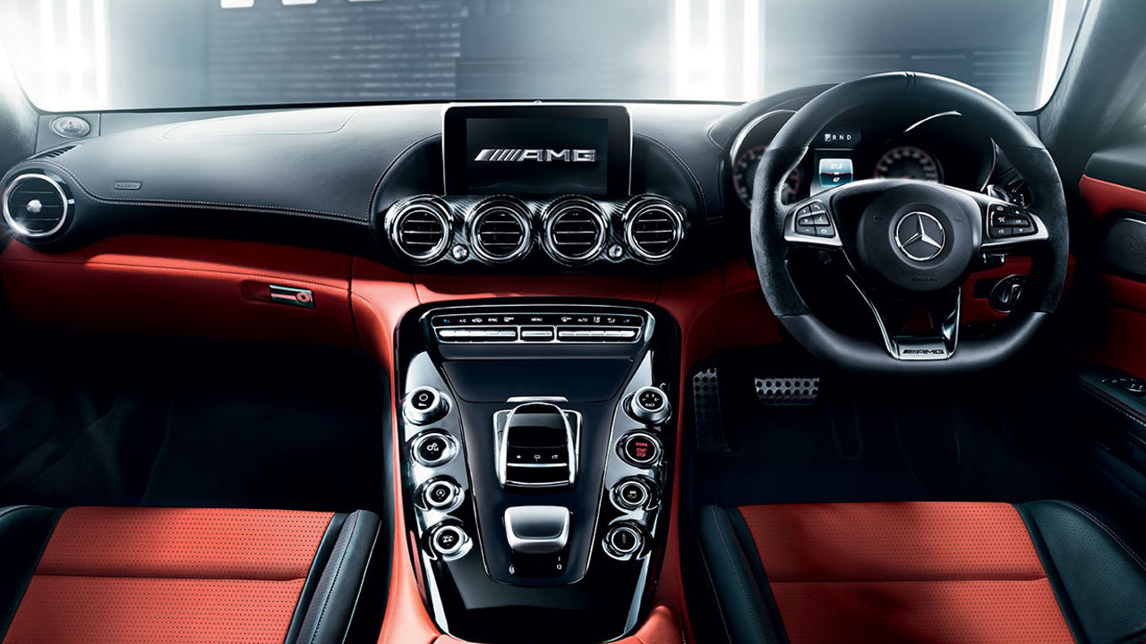 Phantom Car Wallpaper 2017 Mercedes Amg Gt Roadster Interior Dashboard Autobics