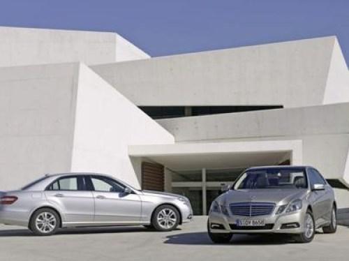 2010-mercedes-benz-e-class-sedan_4-custom