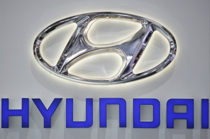 The Hyundai logo is displayed at the car
