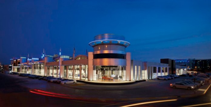 BMW Opens Abu Dhabi Showroom (1)