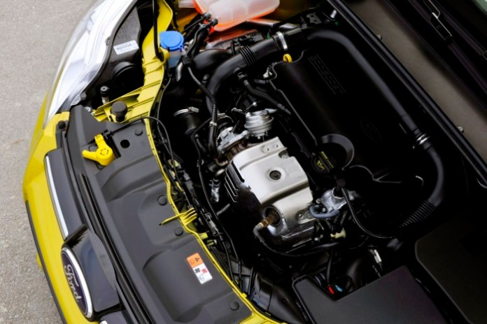 ford-focus-1-0-ecoboost-6
