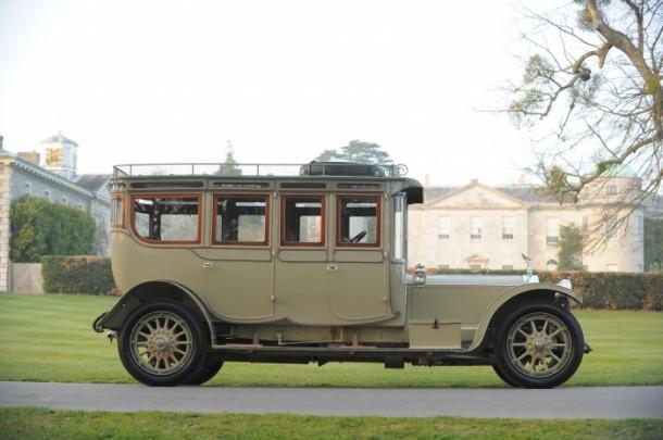 1912-Rolls-Royce-40-50hp-Double-Pullman-Limousine-700x465
