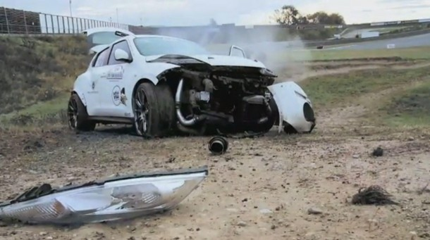 Nissan Juke GT-R Crash (1)