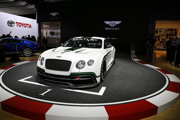 bentley-continental-gt3-live-in-paris-2012-35