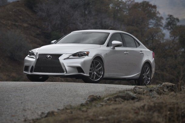 2014-Lexus-IS-F-SPORT-035