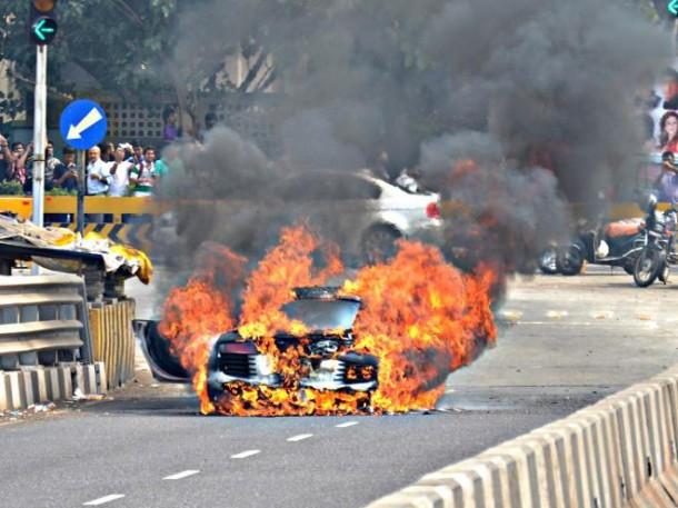 Audi R8 in flames at Mumbai