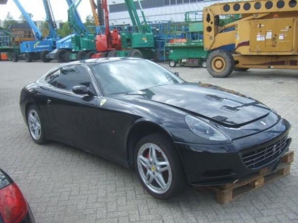 Crashed Ferrari 612 Scaglietti for sale (3)