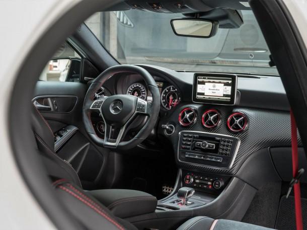 Mercedes-Benz A45 AMG (16)