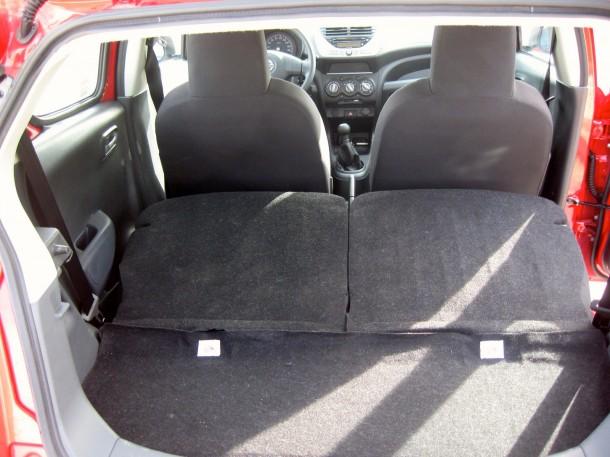 Nissan Pixo Test Drive (23)