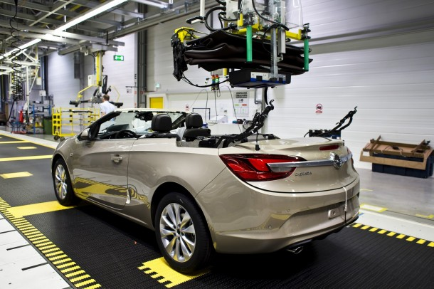 Opel Cascada production at the Gliwice plant (14)