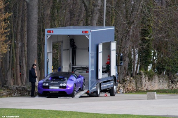 Purple and Black Bugatti Veyron Super Sport spotted at the factory (1)
