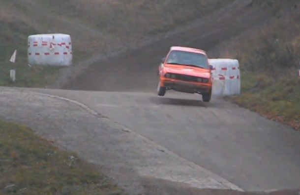 Big Jump : Almost Crash BMW 318is E30