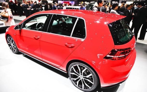 Volkswagen Golf GTI 2013 (21)