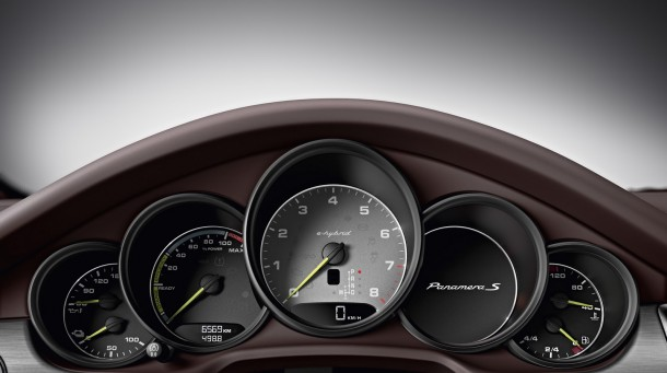 Porsche Panamera 2014 (7)
