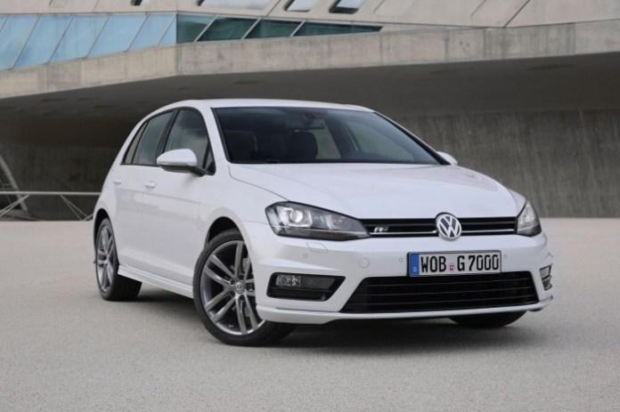 Volkswagen Golf R-Line (1)