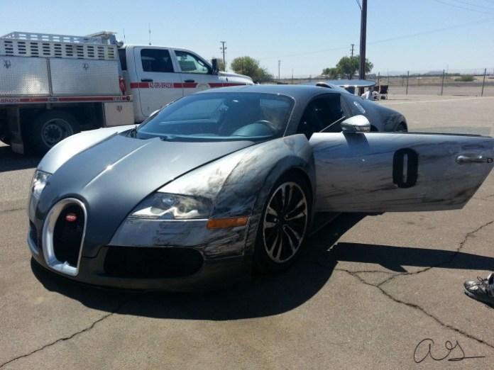 Bugatti Veyron Crash (1)