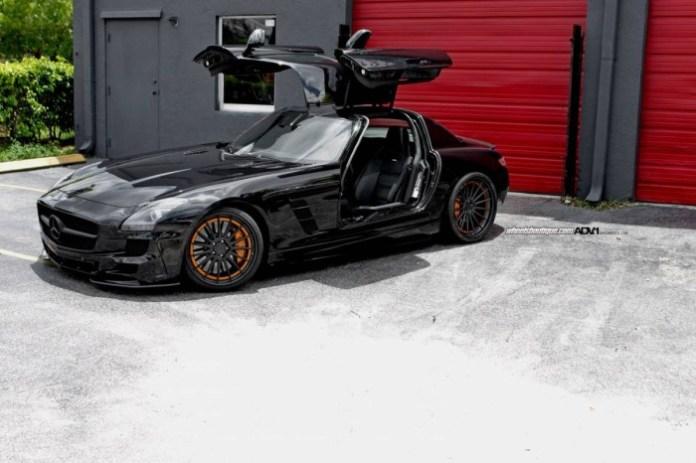 Mercedes-Benz SLS AMG Darth Vader (5)
