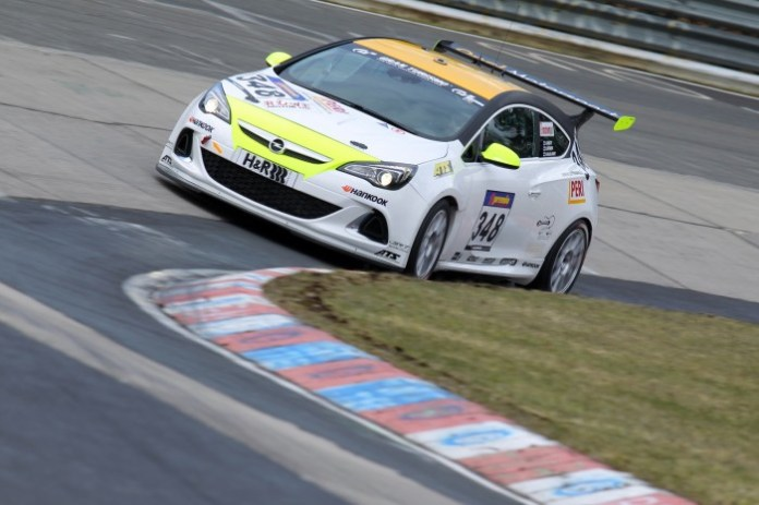 Opel-Astra-OPC-CUP-285843