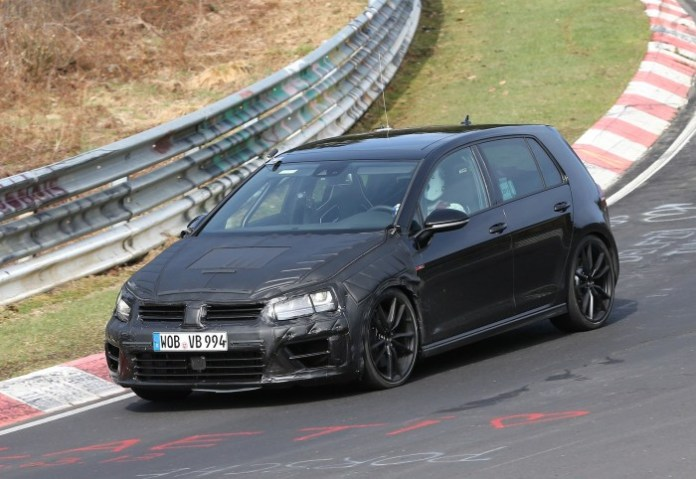 volkswagen-golf-vii-r-spy-photos-2