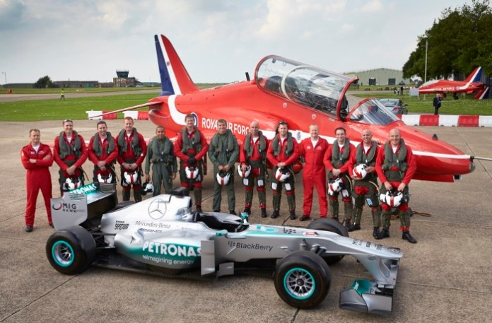 Lewis Hamilton with the RAF Red Arrows (1)