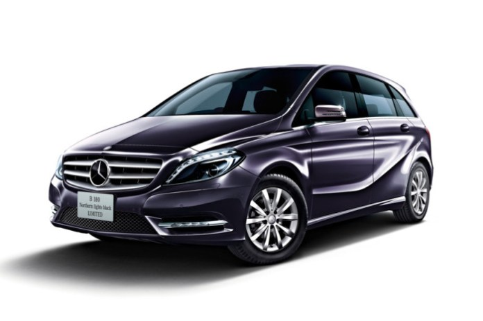 Mercedes-Benz B180 Northern Lights Black Limited Edition (1)