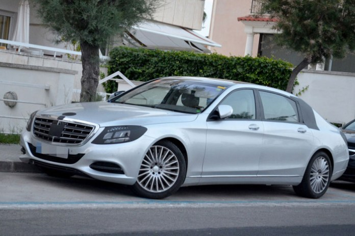 Mercedes-Benz S-Class 2014 with extra-long wheelbase Spy Photos (1)