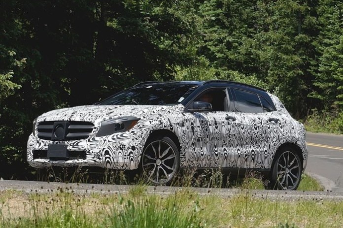 Mercedes GLA Spy Photos (2)