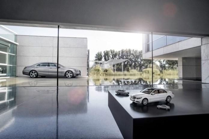 Mercedes S-Class 2014 Miniatures (2)