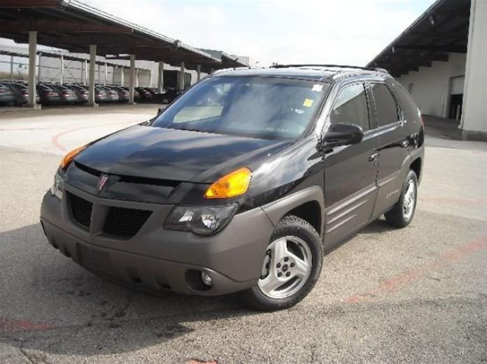 Pontiac Aztek 2001 with VIN 001 (1)