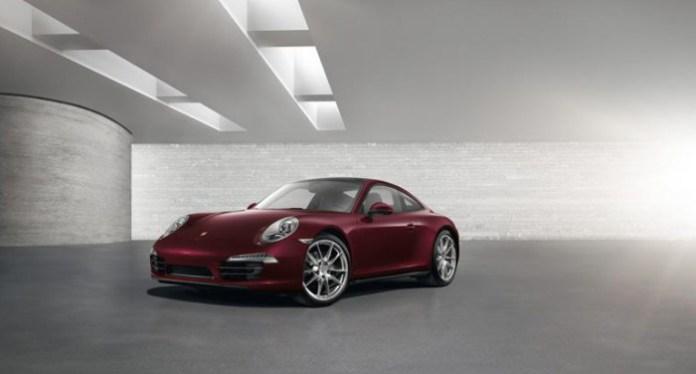 Porsche 911 GUM Red Square Edition (1)