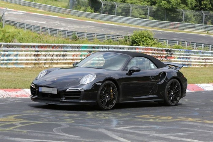 Porsche 911 Turbo Cabrio 2014 Spy Photos (10)