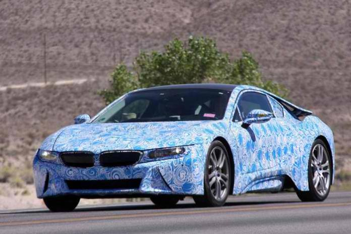 BMW-i8-Spy-Photos-1-700x466