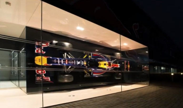 Infiniti Red Bull Racing - Rhythm of the Factory