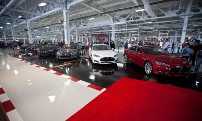 Tesla-Model-S-plant