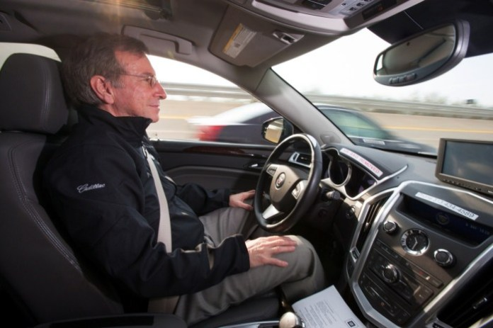 cadillac-super-cruise-semi-autonomous-driving-1