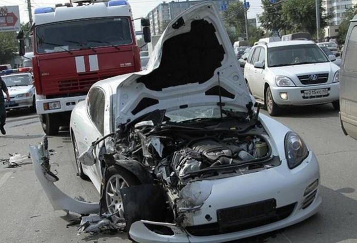 panamera crash (2)