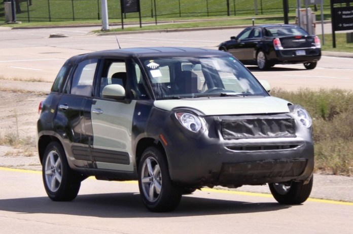 Fiat 500X and Jeep Junior Spy Photos (2)