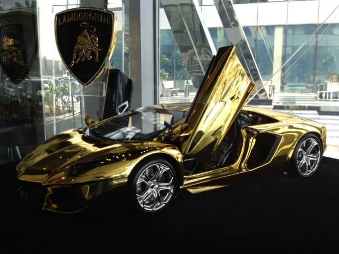 Gold-plated Lamborghini Aventador scale