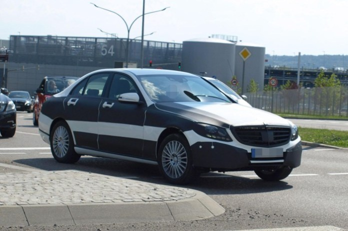 Mercedes-Benz C-Class 2014 Spy Photos (6)