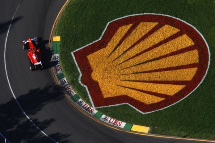 Shell-logo-on-track-with-car