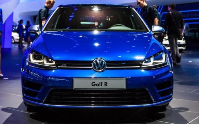 Volkswagen Golf R Live in Frankfurt 2013 (7)