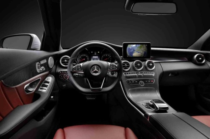 Mercedes-Benz C-Class 2014 interior photos (2)